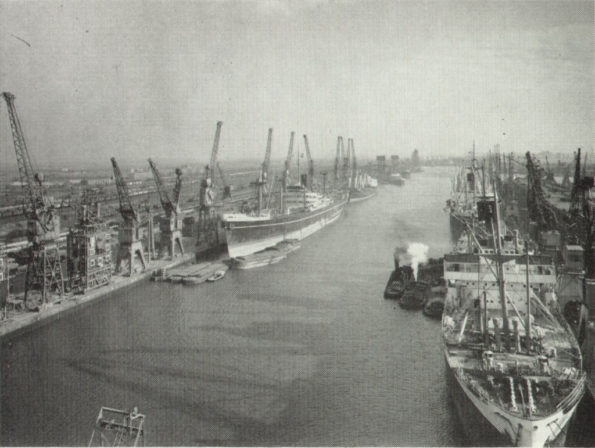 Die Docks von Hull (Foto-Quelle: Robert Cutts via flickr, aus einer GEC Publikation)